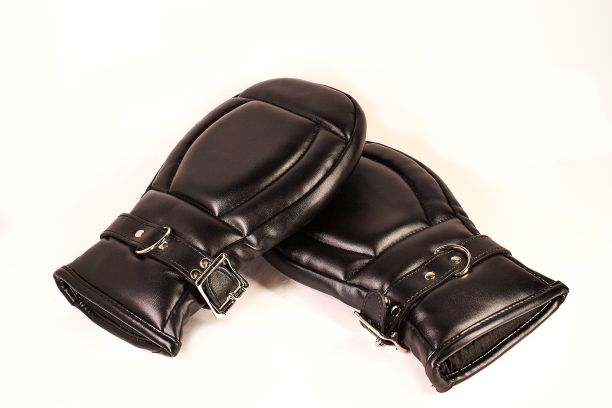 Leather Locking Buckle Mitts - With Locks!